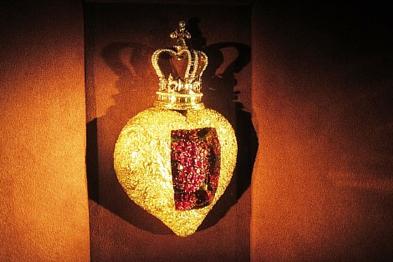 Королівське рубінове сердце Сальвадора Далі